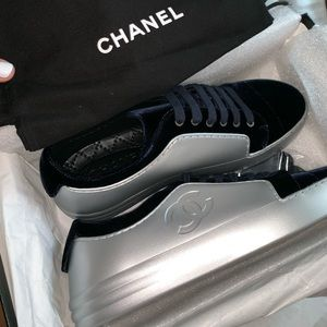 CHANEL SNEAKERS ....brand new never worn size 39
